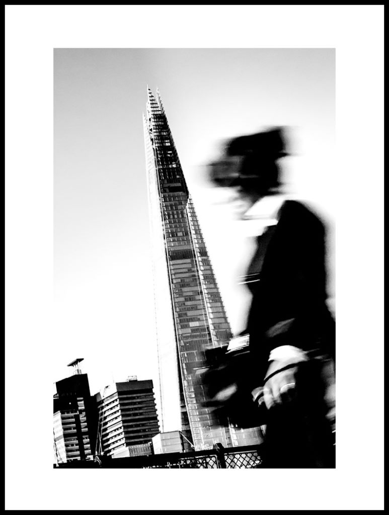 Shard Lady Black